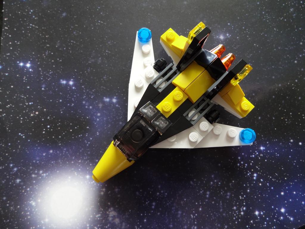 Nave_Espacial_Lego